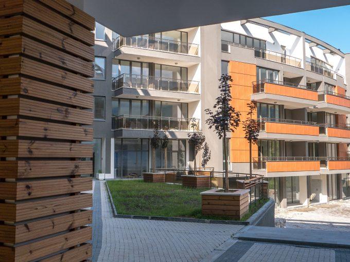 Тристаен апартамент, 164 кв. м, в напълно завършен, луксозен комплекс, с Акт 16, кв. Карпузица, гр. София