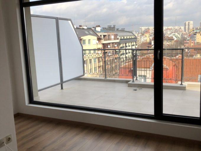 """Тристаен апартамент, на 6-ти етаж, в  новопостроена, луксозна сграда на ул. """"Пиротска"""", гр. София"""