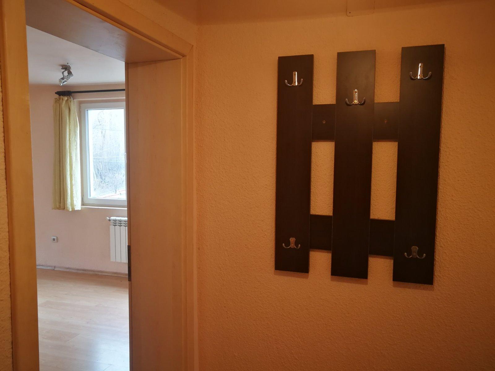 Двустаен апартамент под наем в Бистрица