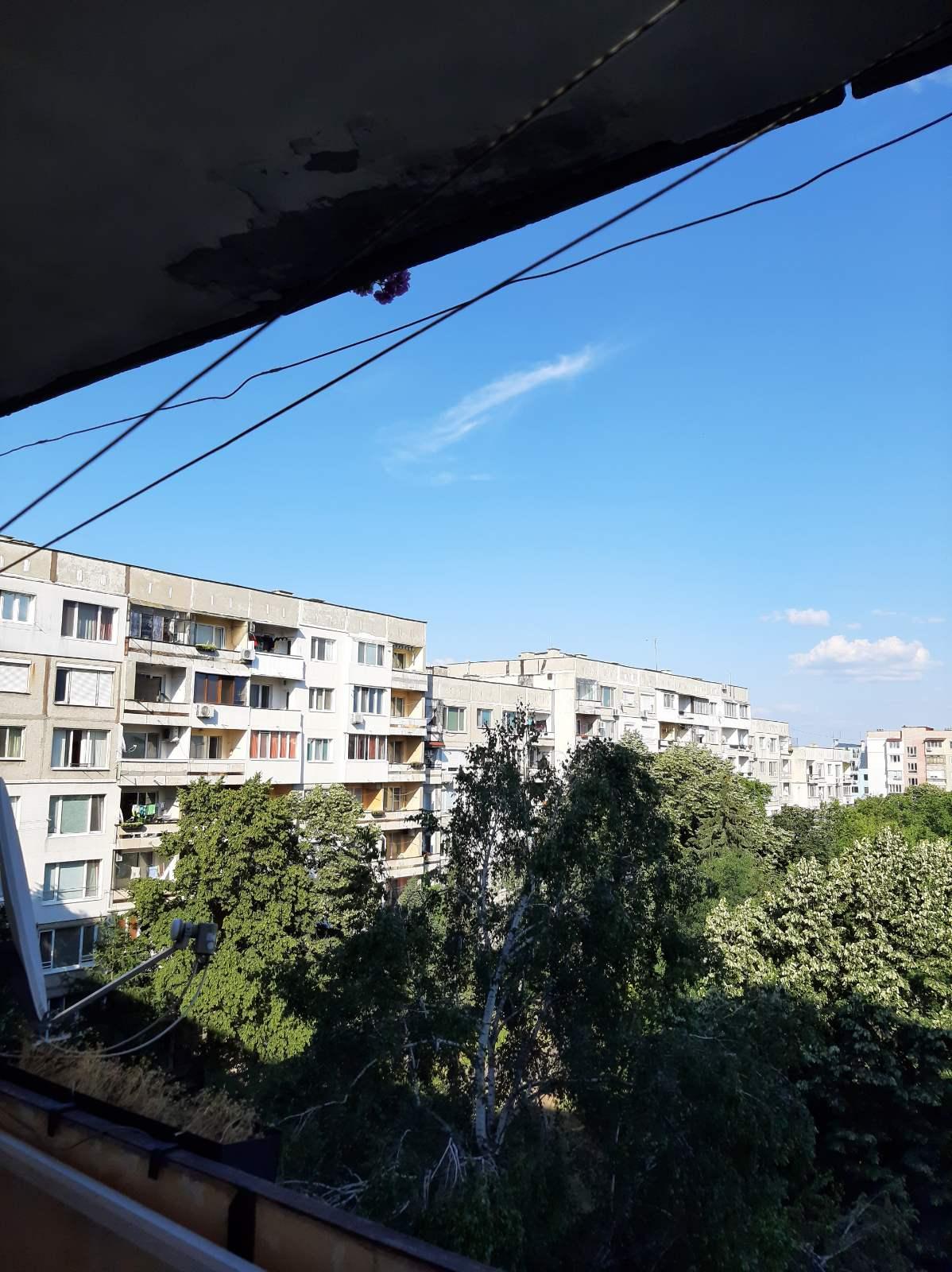 Двустаен апартамент за продажба в Люлин